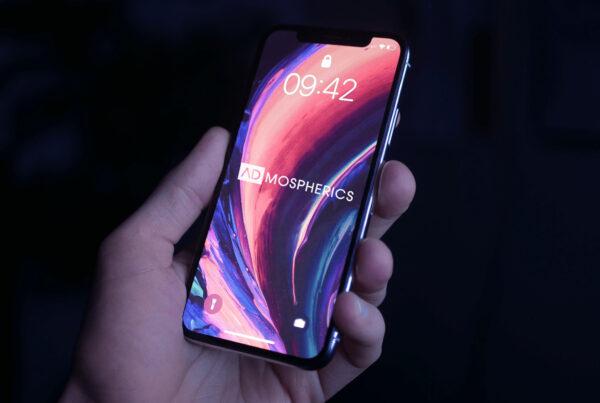 Smartphone als Zeichen für den Mobile First Ansatz.